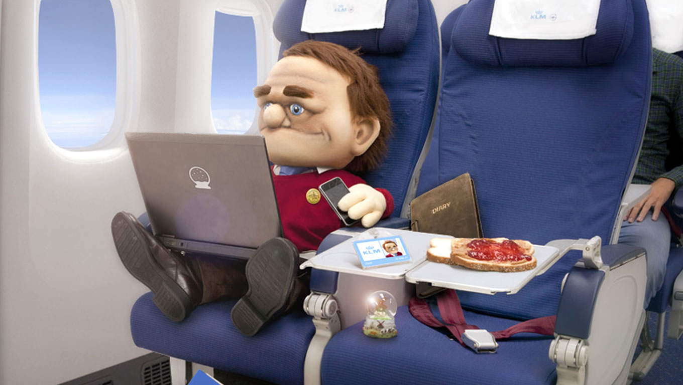 Flynt as The First Puppet CEO of KLM