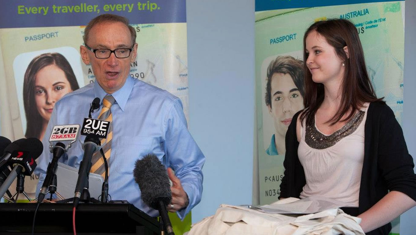 Minister for Foreign Affairs Bob Carr and Erin Langworthy at SmarTraveller Campaign Launch