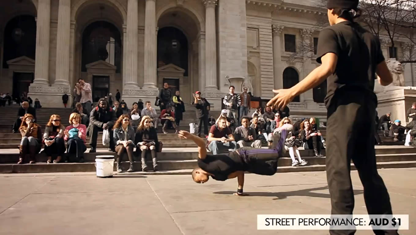 Street Performance in Downtown NYC, No Booking Fees Marketing Campaign by Expedia Australia